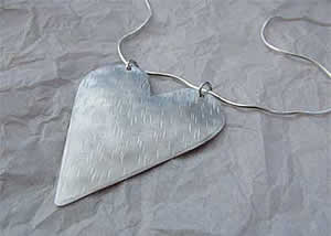 large-heart-necklace2.jpg