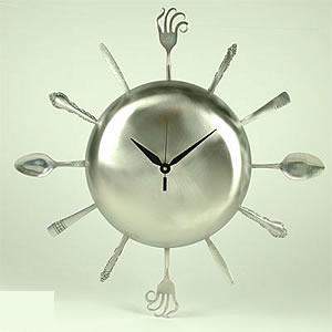 spoonman_clock1_1_a.jpg