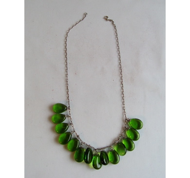 fs-green-glass-necklace-v-1.jpg