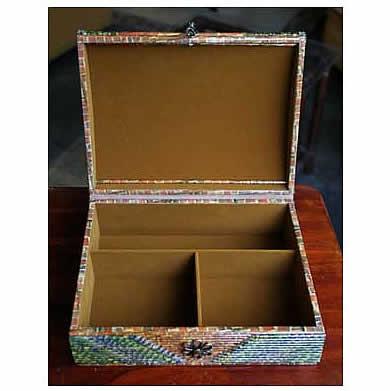 jewelryboxinside.jpg