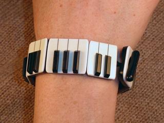 br1-bracelet-small.jpg