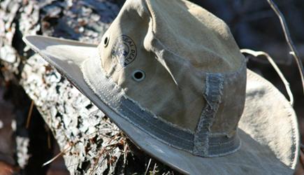 bnr-hat4