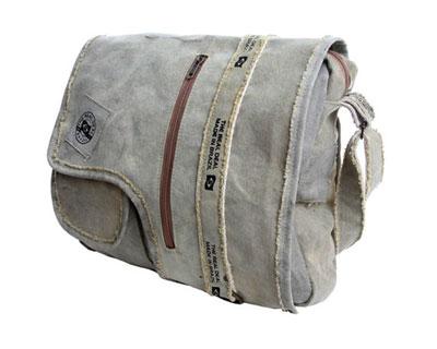 th-iguapemessengerbag
